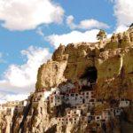 phuktal monastery india